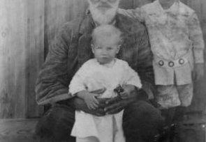 Joseph Henry Scales and Grandchildren in 1912