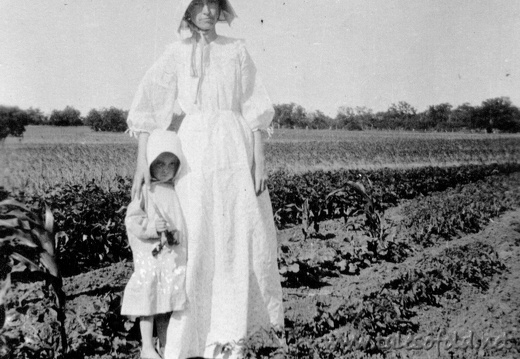 Lenore Alexander and Mom in Field