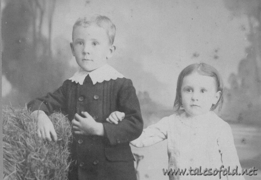 Two Unidentified Children (#27) - Roy Filyaw Stuckey and Annie Laurie Stuckey